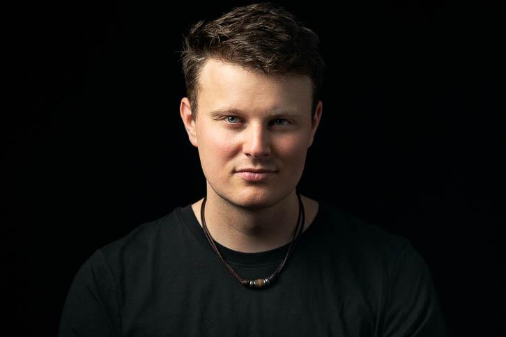 Portrait of Gandekko band member Kelvin